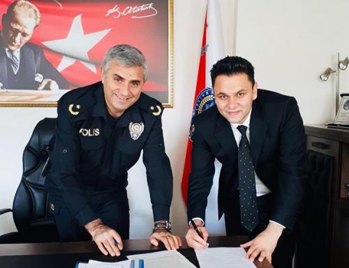 City Hospital ailesi olarak Mersin İl Emniyet Müdürlüğü, Mezitli İlçe Emniyet Müdürülüğü ile sağlık anlaşmasını yapmış bulunmaktayız.